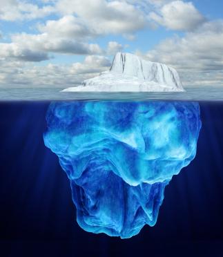 ภาพจริงใต้ก้อนภูเขาน้ำแข็ง